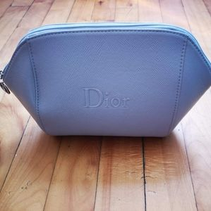 ♦️2 for 35 ♦️Dior makeup pouch.dior beauty